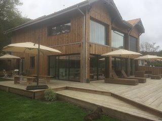 Villa en première ligne sur le lac