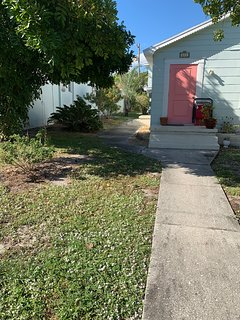 2 bedroom Key West Style Near Downtown Lake Worth