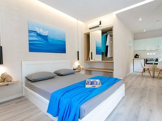 Akalli Luxury Studios - Ocean Room