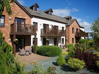 Luxury Studio Apartment | Hot Tub | Pool | Balcony | Views | Whitbarrow Village