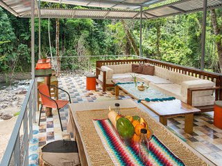 Riverfront Rainforest Yurt with Pool!
