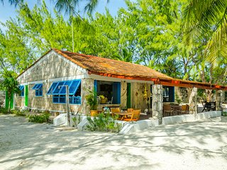 Private Beachfront Villa, Exclusive Beach,Tulum Sian Ka'an Biosphere Reserve