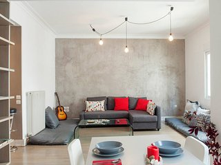 Galaxy Modern Loft near National Archeological Museum in Central Athens
