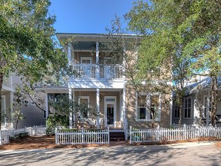 Out of Bounds - 30A Beachside Cottage in the Heart of Seagrove Beach