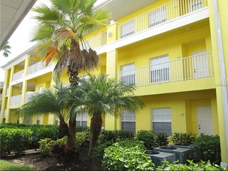 BEAUTIFUL PUNTA GORDA, FL CONDO PROVIDES RESORT-STYLE LIVING