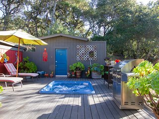 Dream Vacation: Spa/Outdoor Shower/Massage- Secluded yet close to everything!