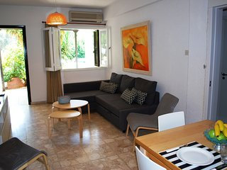 Margarita 110 apartment in Kato Paphos very close to the beach