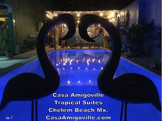 Casa Amigoville Caribbean queen tropical suite
