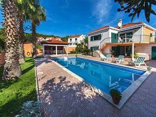 Three Palms Villa