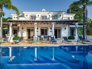 Quinta do Lago Villa Sleeps 10 with Pool Air Con and WiFi - 5755970
