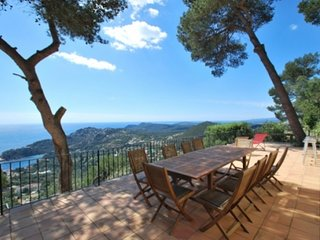 Begur Villa Sleeps 10 with Pool - 5736620