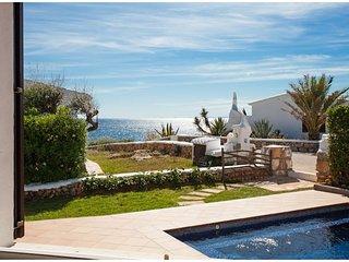 VILLA BINI ESTEL - Lovely, quality modern villa with amazing sea views