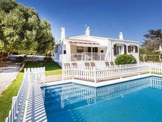 VILLA BINI BELLA - Ideal for families, fenced pool, sea views, AC, WIFI,