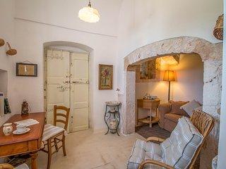 Chiacafredda Villa Sleeps 8 with Pool and Air Con - 5755199