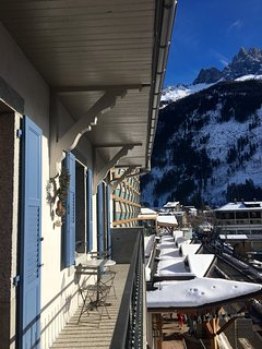 balcony facing the Mont Blanc