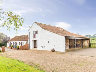 The Barn - A stylishly converted two floor 17th century barn