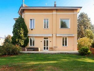 3 bedroom Villa in Rivoli, Piedmont, Italy - 5751308