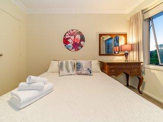 Birkenhead Super Cozy & Comfort 2 Bedroom home