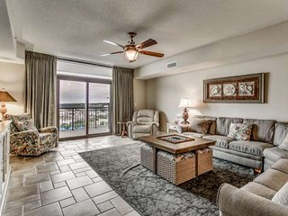 Beautiful 5th Floor Oceanfront Condo in North Beach Plantation