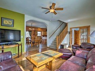 NEW! Dillon Home w/Views - 4 Mi to Keystone Resort