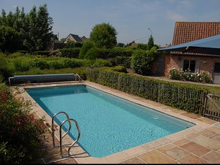 Cozy villa close to the center of Gavere with Parking, Internet, Washing machine