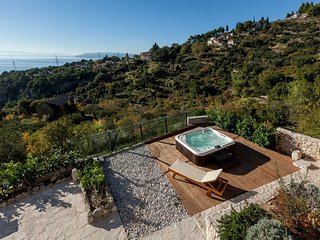 Cozy villa in the center of Makarska with Parking, Internet, Washing machine, Ai