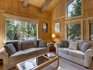 Barking Pine Cabin 915