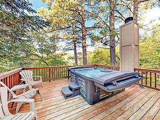Remodeled Bear Lake House with Hot Tub, Wood Fires & Game Room