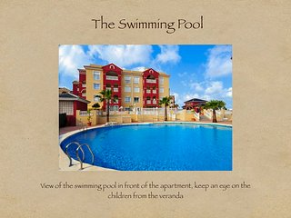 Spacious 3 bedroom 2 bathroom Apartment - Puerto Marina complex overlooking pool