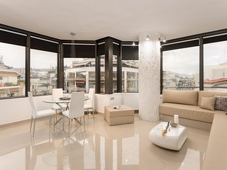 ★ Ace Location | Luxury Building | Great View ★