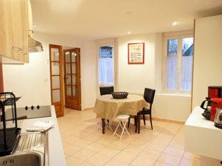 Elegant et calme appartement Centre ville Digne - Garage