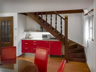Incredible 2Br/2Ba Loft in Heart of Prague w/ Balcony & Amazing Views