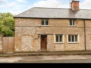 18th Century Cottage - 4 mins from Soho Farmhouse