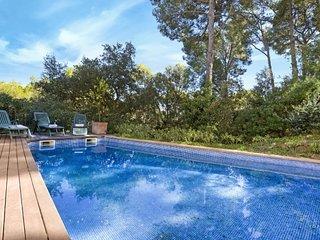 Llafranc Villa Sleeps 8 with Pool and WiFi - 5573560