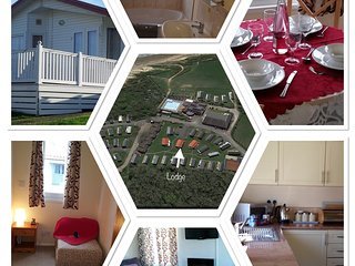 Harvey's Hideaway Lodge, Whitecliff Bay - 6Berth(Superior) Child & Pet Friendly