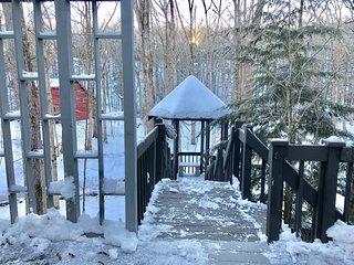 Silver Fox Water Front SsMook Lux Pocono Home