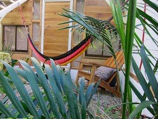 Villa Rose Surf House es una villa a 700 metros de la playa de cocles