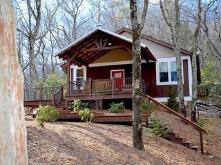 Blowing Rock, Fabulous Long range Views!*Pet Friendly*Fire pit, wood stove
