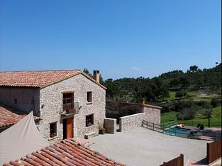 Castelloli Villa Sleeps 12 with Pool and WiFi - 5622435