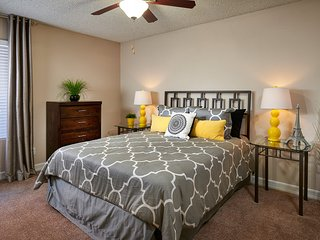 Luxurious upscale apartments , minutes from DFW airport minimal 3 bedroom 2 Bath