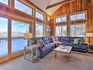 NEW! Ski-In/Ski-Out Attitash Mtn. Condo w/ Views!