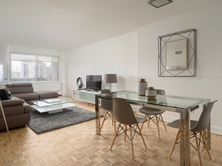 Luxury 1 Bedroom Apt in Heart of Downtown MTL - 94