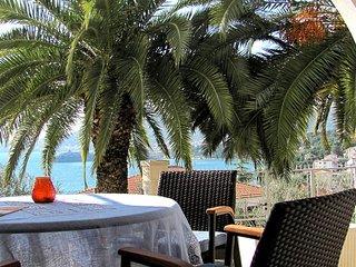 Ferienwohnung 4655-1 fur 5 Pers. in Trogir