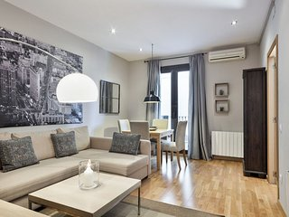 XIII. Mir apartment in Eixample Dreta with WiFi, air conditioning, private terra