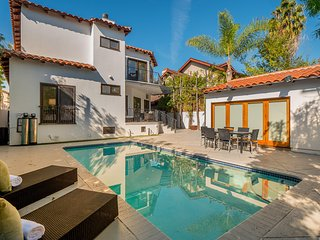 #361 Gorgeous Beverly Hills Flats House with Pool and Guest House