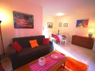 A Sanremo proponiamo grazioso alloggio in pieno centro - Ap110