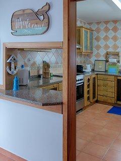 'Whalecome' à nossa cozinha totalmente equipada, com tudo que você precisa para cozinhar.