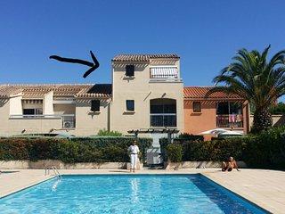 Les Tropeziennes - Bel appartement 3 personnes - résidence piscine, parking.