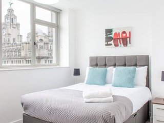 Penthouse Apartment with Stunning Views - Central Liverpool!
