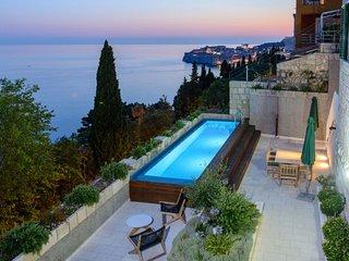 Villa Stone Dubrovnik – Luxurious pool villa with wonderful views, Dubrovnik